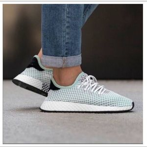 adidas Women Deerupt Runner Ash Green Shoes